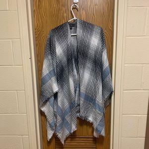 Houndstooth blanket scarf